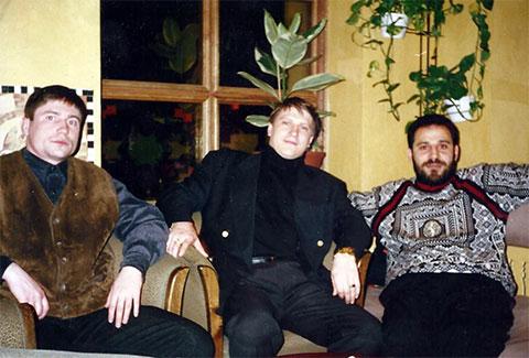 В центре: Сергей Липчанский (Сибиряк)