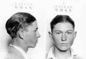 Полицейская фотография 16-летнего Клайда (1926)