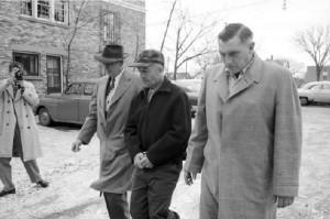 Эдвард Гейн в момент ареста
