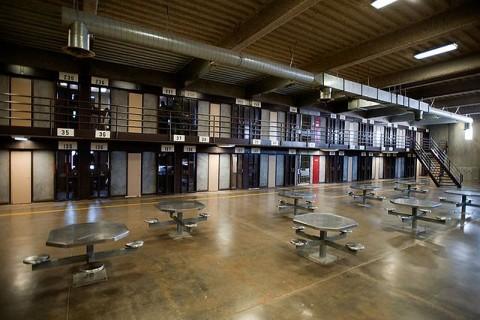 Столовая в американской тюрьме