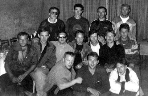 Игорь Филиппов (Филиппок) создал мощную организованную преступную группировку, в рядах которой состояли бывшие заключенные, как и он — так называемые «синие»