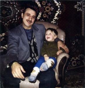 Николай Ветошкин по кличке «Ветоха» 27 декабря 1996 года. Расстрелян в ноябре 1998 года на улице Маршала Захарова.