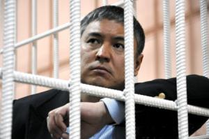 """В России ожидается коронация """"смотрящего"""" по Кыргызстану"""