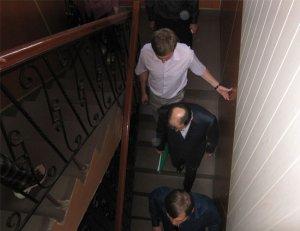 Сделать более качественных фотографий Гиви Немсадзе в суде журналистам не представилось ни малейшей возможности...