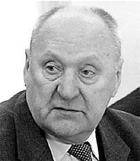 Мечислав Иванович ГРИБ, в январе 1985 года возглавил оперативно-следственную группу по раскрытию убийств женщин в Витебской области