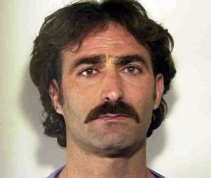 Джозеф Сальваторе, на данный момент последний руководитель Сакра Корона Унита находится в тюрьме, отбывая 9-летнее наказание