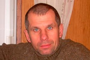 Олег Титов до сих пор скрывается от сотрудников МВД РФ