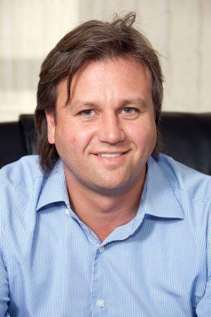 Илья Карпов