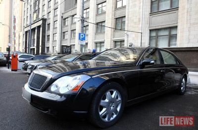 Законно ли Жириновский владеет  «Майбахом» стоимостью более $ 1 млн