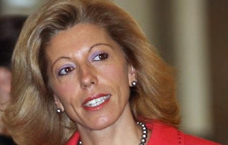 Крест на карьере экс-главы МИД Болгарии Желевой поставил скандал с русской мафией в ЕС