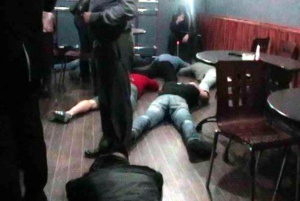 Бойцы СОБРа под Волгоградом задержали банду рэкетиров