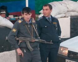 В Тверской области мужчина обстрелял полицейских и подорвал их на бомбе