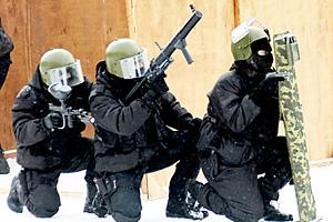 В Екатеринбурге наркоманка взяла в заложницы двух женщин и пыталась взорвать дом