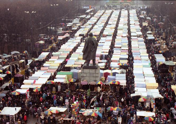 На рынке в «Лужниках» пресечена деятельность рэкетиров