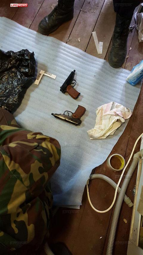 Обыск в квартире Ореховских киллеров