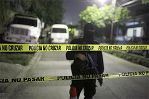 Банда «Баррио-18» устроила резню в тюрьме Сальвадора