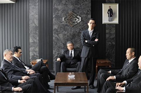 Кадр из фильма «Полный беспредел» Такеши Китано