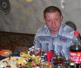 """Андрей Вячкутин - кличка """"Пикус"""". Член ОПГ с 1992 г. Из-за инцидента с ним был похищен и предположительно убит В.Митрохин, член лобненской ОПГ."""