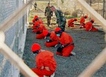 В военных тюрьмах США издеваются над заключенными