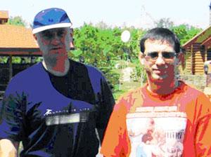 Слева: Криминальные авторитеты Александр Данильченко (Дед, Данила), Кожухарь Николай (Молдаван) фото