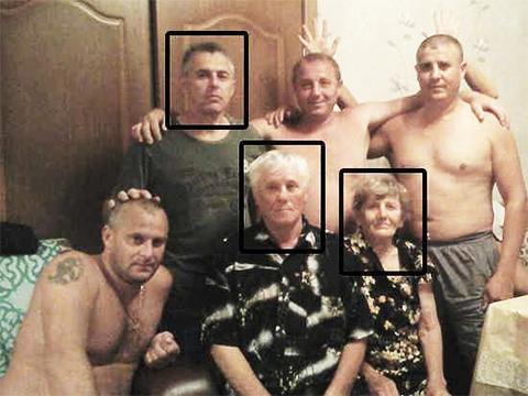 Большое и дружное семейство Гошт. Стоят (слева направо) братья Андрей, Евгений и Сергей. Сидят (слева направо) брат Виталий, родители Василий и Наталья