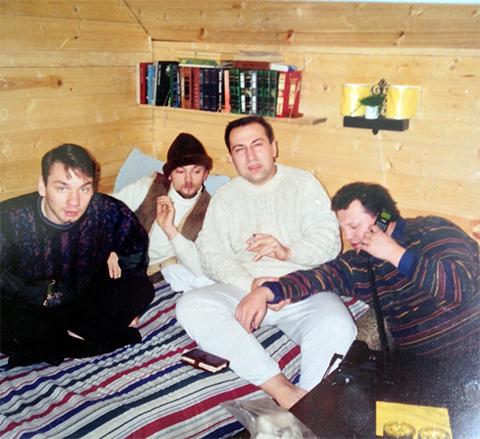 В белом свитере: вор в законе Сергей Комаров - Комар
