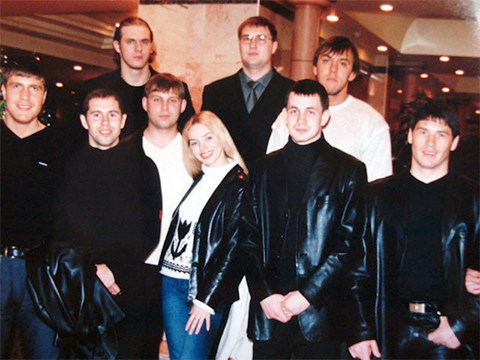 Третий слева Сергей Чащин, крайний справа Родионов