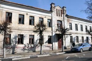 Здание Дома Юных Техников, проданное Романову по цене квартиры