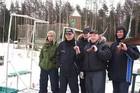 Виталий Дёмочка с братвой