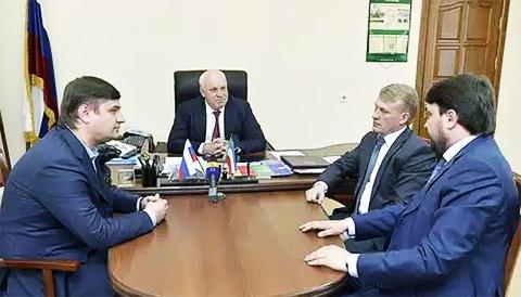 Слева: Александр Исаев, Владимир Зимин, Владимир Бызов, Борис Варшавский
