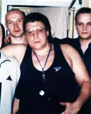 Вор в законе Андрей Евгеньевич Беляев, более известный в криминальных кругах Петербурга под кличками Андрей Питерский и Хобот