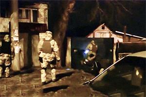 Задержание банды Карамалака, кадр оперативной съемки