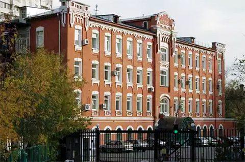 Здание бывшего областного Управления (ул. Витебская, 7)