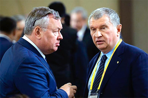 Слева: Андрей Костин и Игорь Сечин