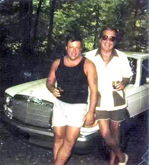 Грег Скарпа младший и Грегори Скарпа старший в 1980 году