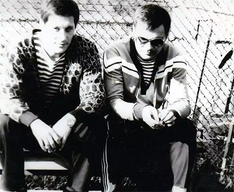 Слева воры в законе Николай Батурин (Китаец) и Гия Елерджия (Гия Гальский), 1990 год