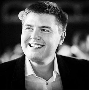 Изобретательный Алексей Крапивин пытается навечно «присосаться» к рельсам