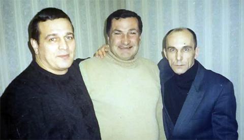 Слева воры в законе: Сергей Яковлев (Якорь), Ной Цулая и Юра Чича, Саратов