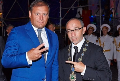 Слева: Михаил Добкин и Геннадий Кернес