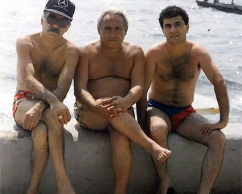 Слева воры в законе: Саркис Адамян (Борис) и Рантик Сафарян (Сынок), Сочи
