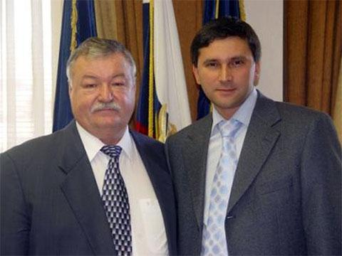 Слева: Анатолий Острягин и Дмитрий Кобылкин