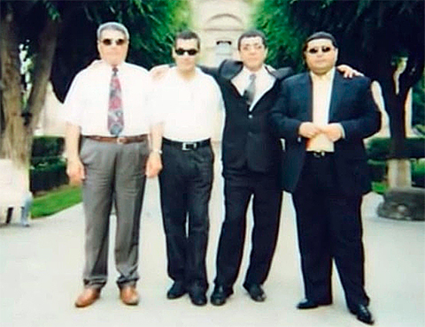 Слева воры в законе: Арарат Казарян, Сержик Егиев, Камо Сафарян и Армен Казарян (Пзо)