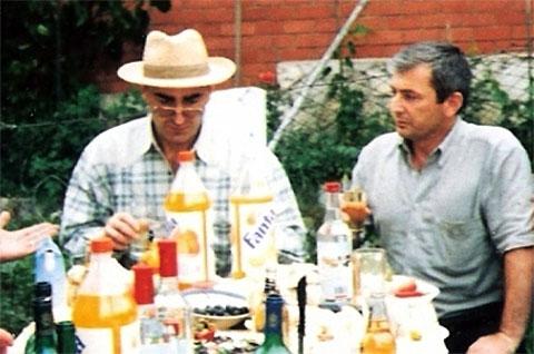 Слева воры в законе: Роланд Гегечкори (Шляпа) и Зураб Шамугия (Аду)