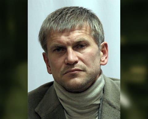Подполковник МВД смошенничал против вора в законе Васи Воскреса
