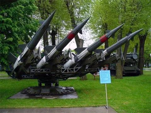 Ракетный комплекс класса «земля — воздух» S-125M1