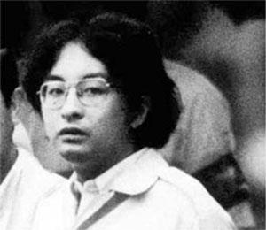 Цутому Миядзаки