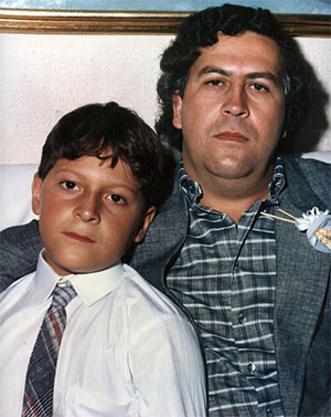 Слева: Себастьян Маррокин и Пабло Эскобар, фото 1980-х годов