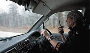 Часто перегонщики ездили на несколько машинах и связь поддерживали с помощью радиостанций