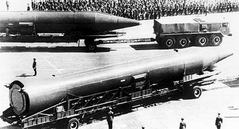 Ракета Р-12 на Красной площади