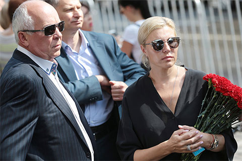 Сергей Чемезов и Екатерина Игнатова